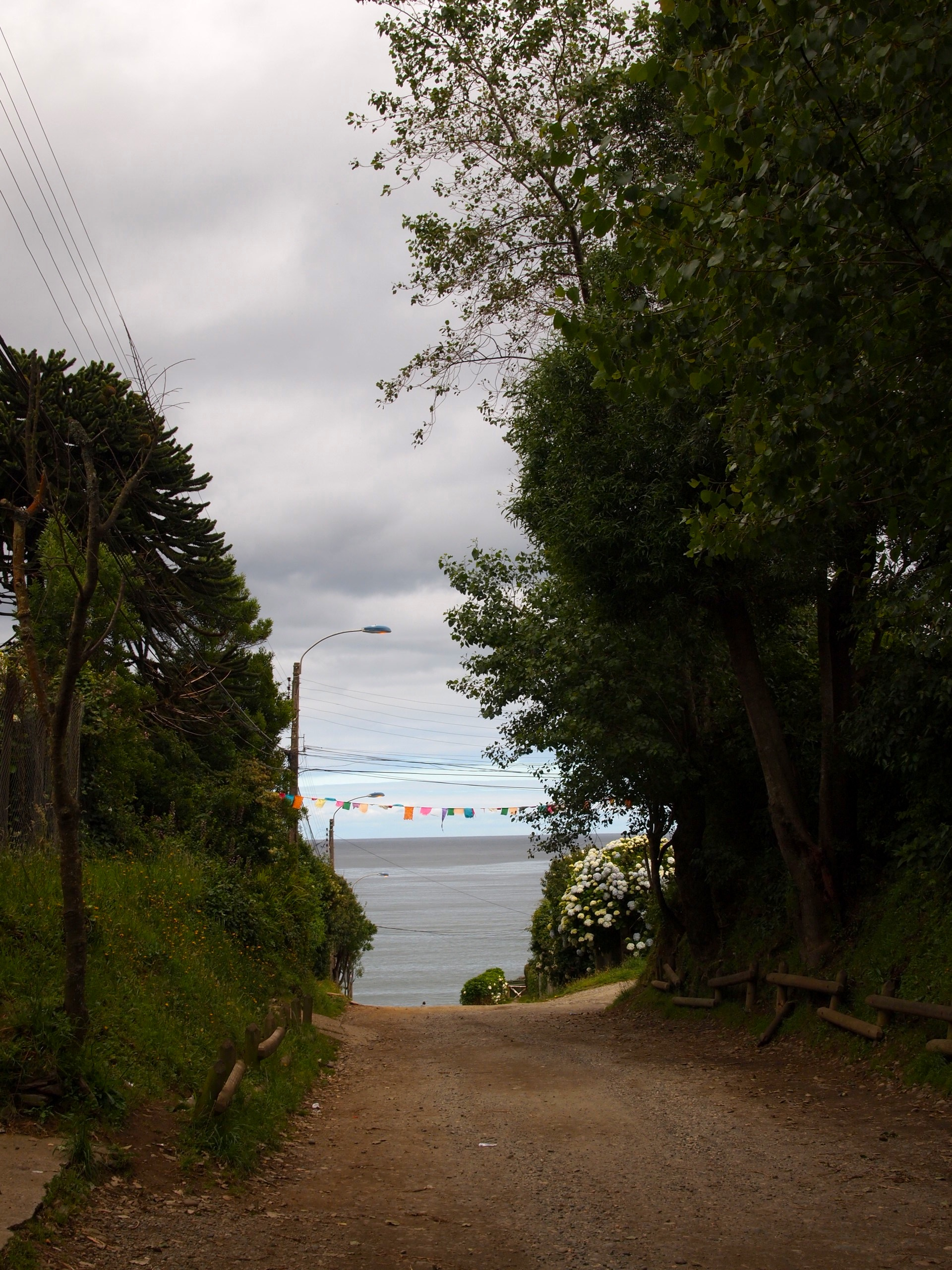 Wandering through the ocean and bay-side towns near Valdivia